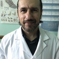 Alexandru BEȚIȘOR, sef sectie, doctor în medicină, conferențiar universitar, medic ortoped-traumatolog grad superior