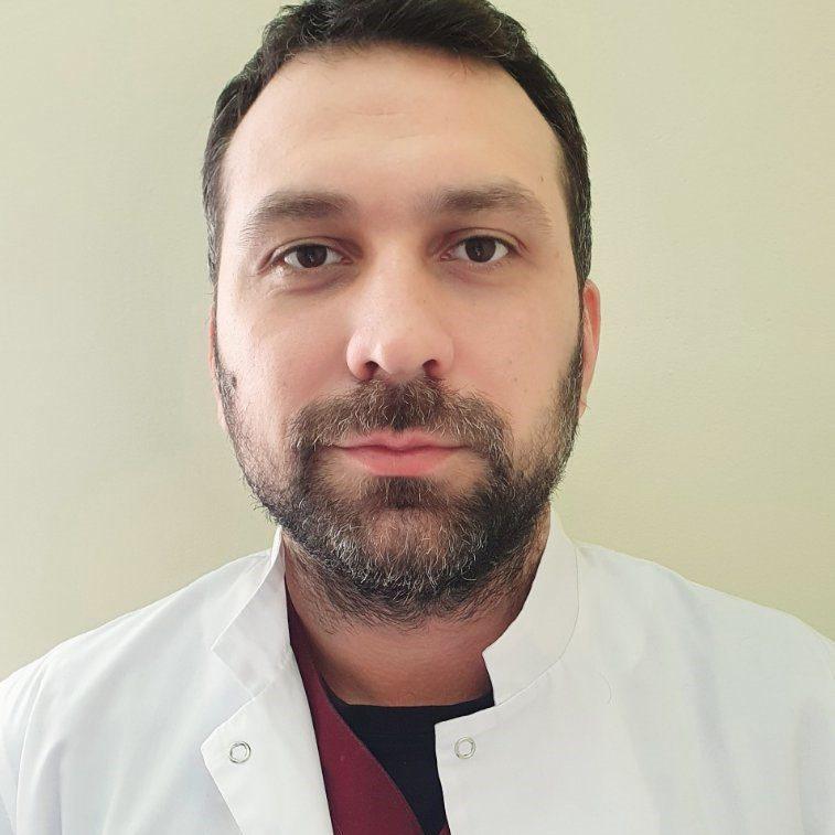 Balan Andrei - medic chirurg.