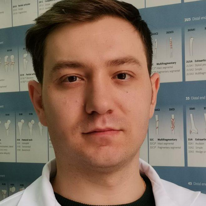 Tofan Nicolae -  medic ortoped-traumatolog, rezident anul III